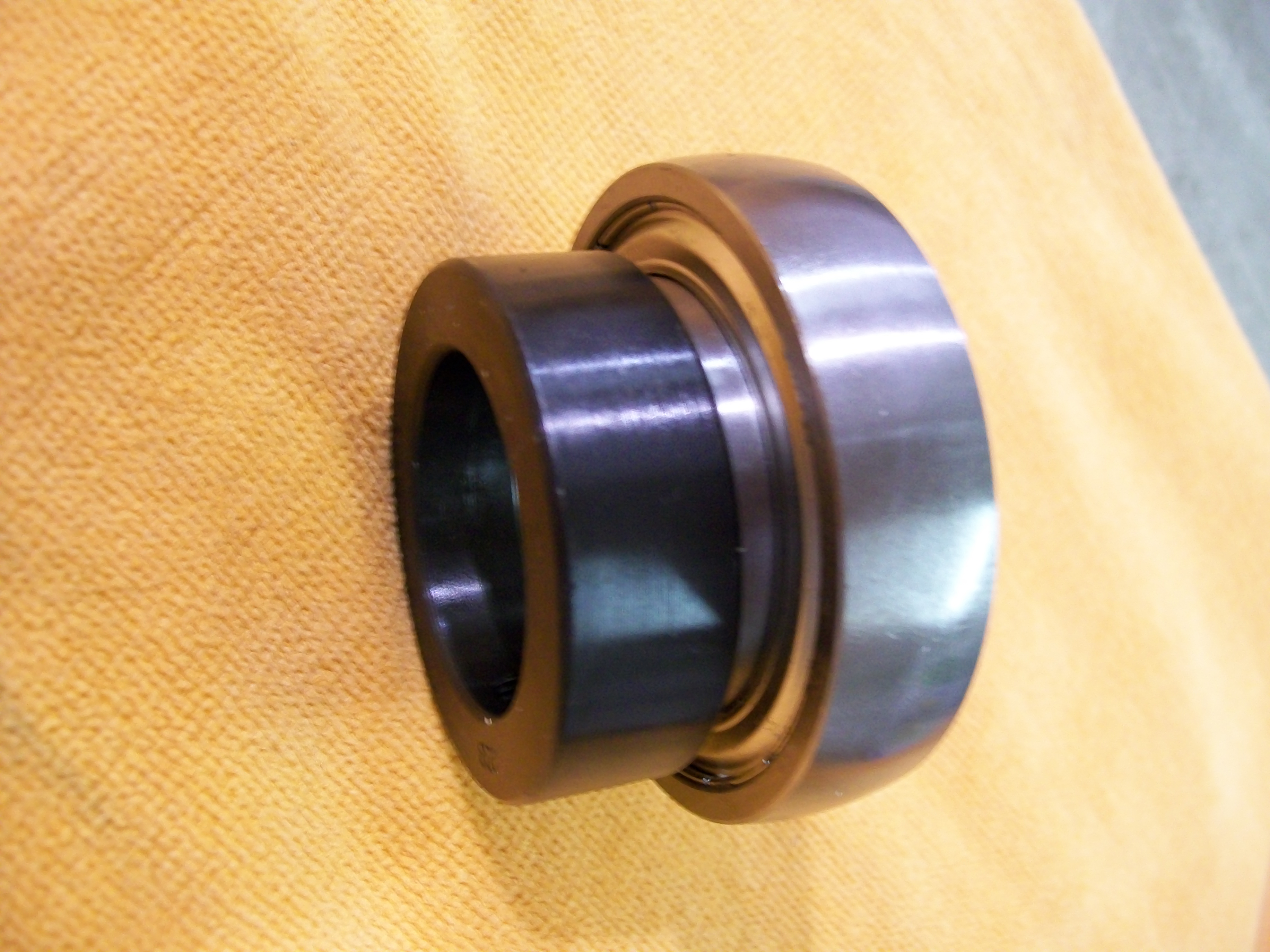 "SA208-24 1-1//2/"" Insert Ball Bearing W// Lock Collar"